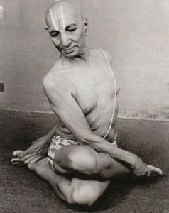 Индийский йогин Кришнамачарья