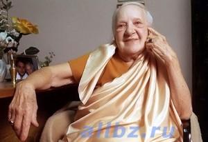 Индра Деви