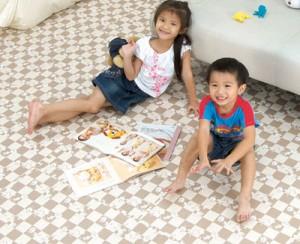 Детский мягкий пол учреждениями для зон отдыха и игры детей до школьного возраста
